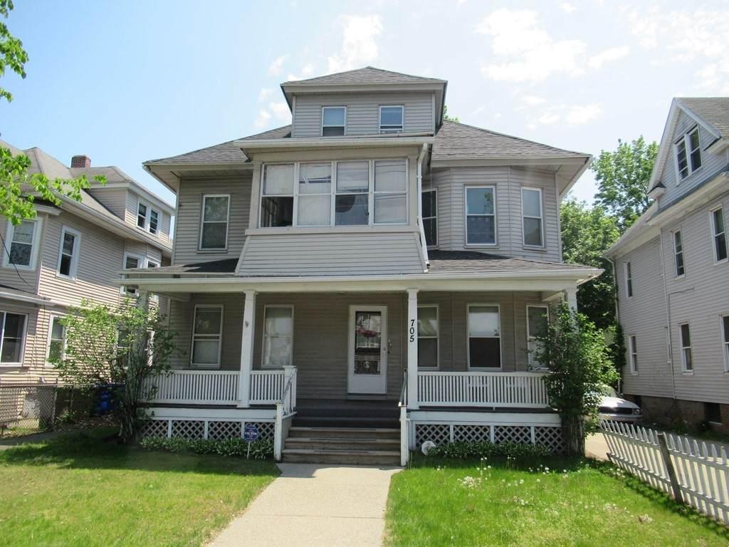 705 Sumner Ave - Photo 1