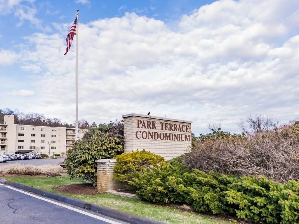 200 Park Terrace Dr - Photo 1