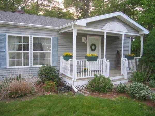 7402 Island Dr, Middleboro, MA 02346 (MLS #72838428) :: Chart House Realtors