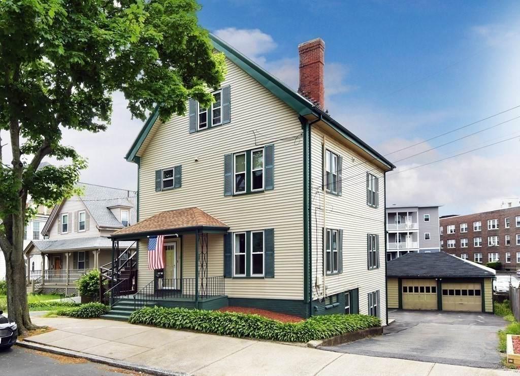 12 Tudor Street - Photo 1