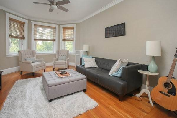 19 Westbourne Ter - Photo 1