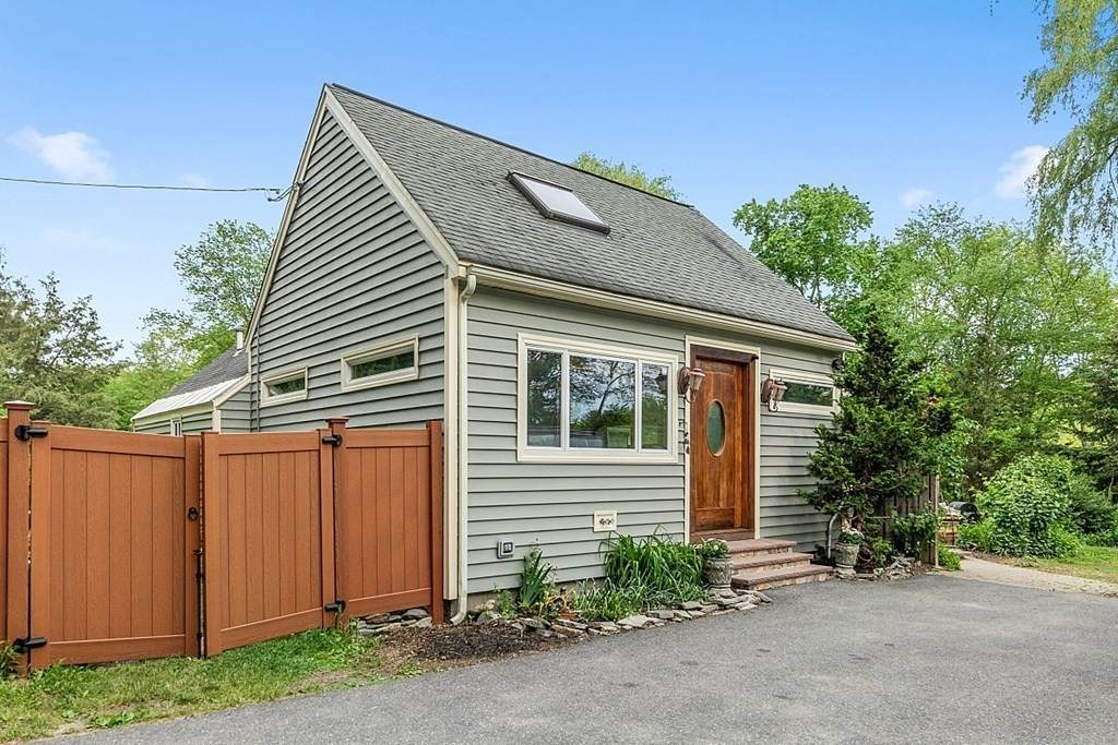 162 Stow Road - Photo 1