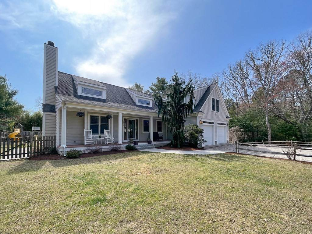 725 Old Barnstable - Photo 1