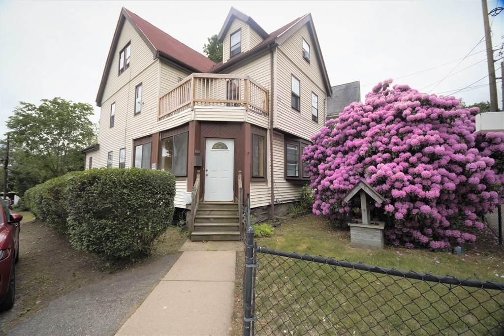 165 Brown Ave - Photo 1