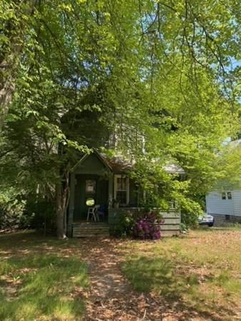 246 Elm St, Agawam, MA 01001 (MLS #72844764) :: NRG Real Estate Services, Inc.