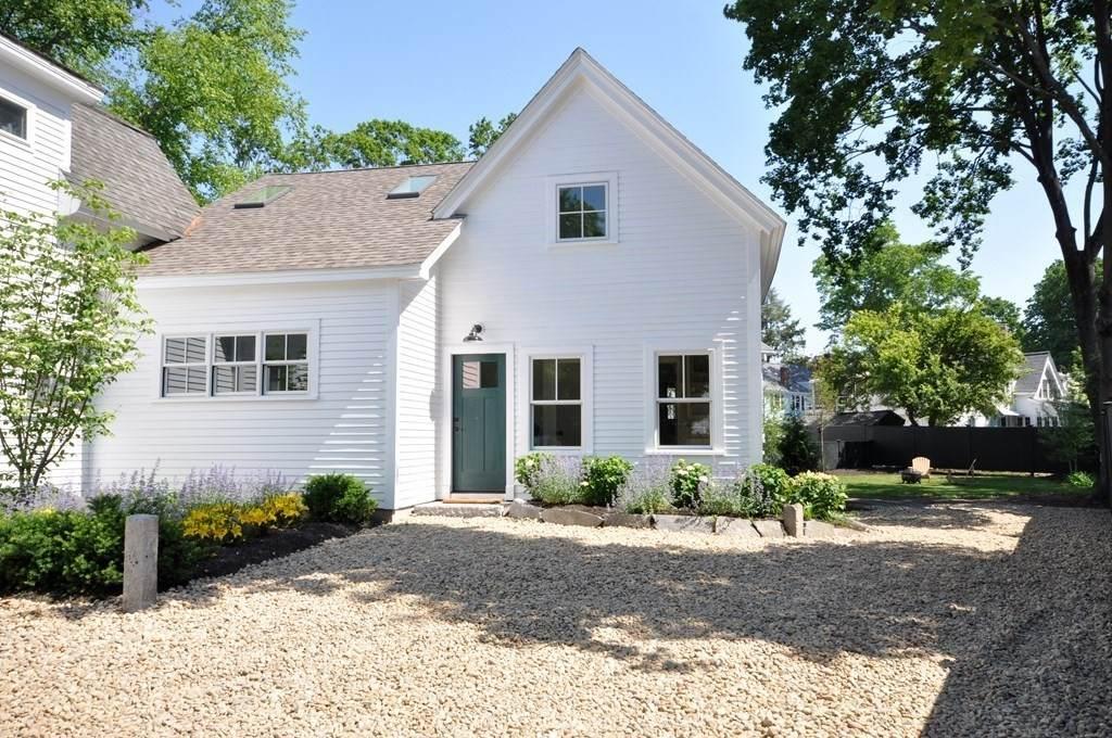 41 Cottage Lane - Photo 1