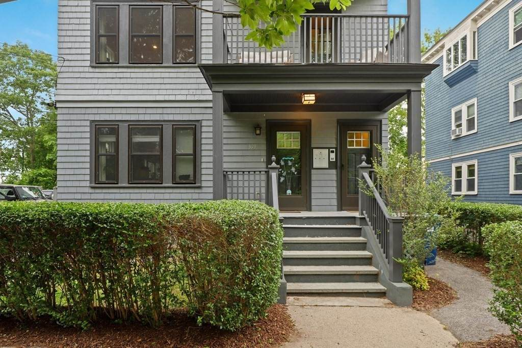 319 Forest Hills St - Photo 1