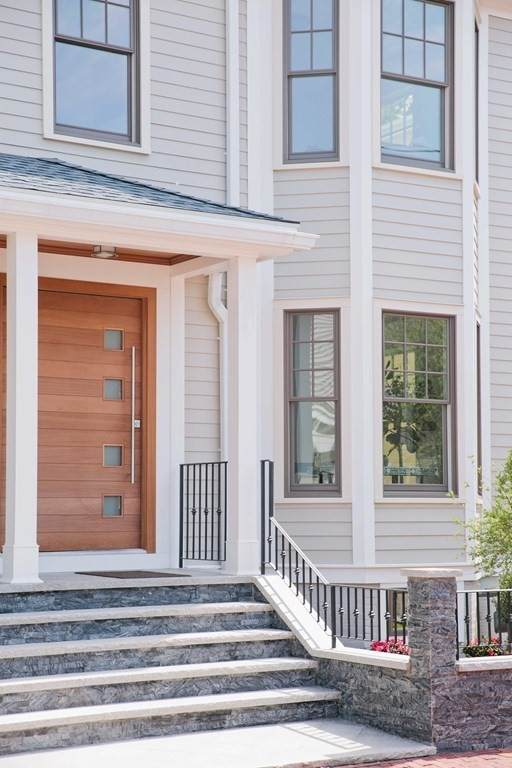 19 Rockingham Street, Cambridge, MA 02139 (MLS #72846709) :: Dot Collection at Access