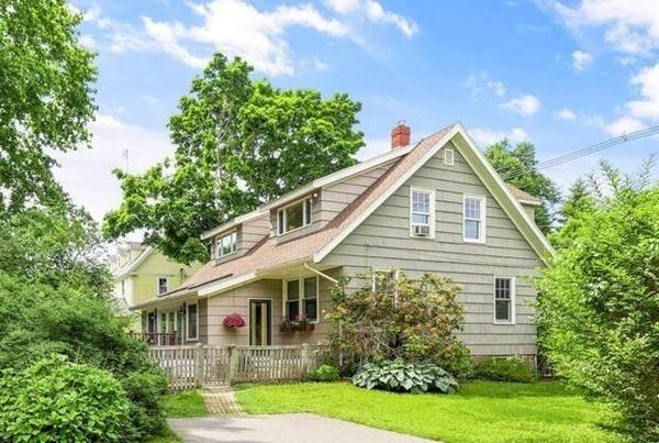629 Hale Street, Beverly, MA 01915 (MLS #72847926) :: Home And Key Real Estate