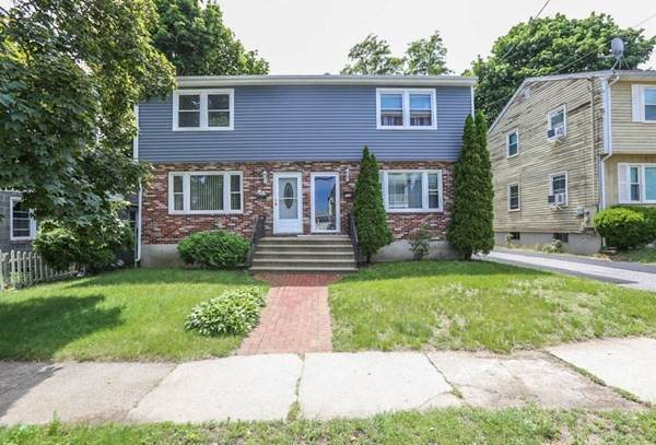 70 Ferry St B, Lawrence, MA 01841 (MLS #72848420) :: EXIT Realty