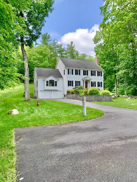 12 Pierce Street, Pepperell, MA 01463 (MLS #72848601) :: EXIT Cape Realty