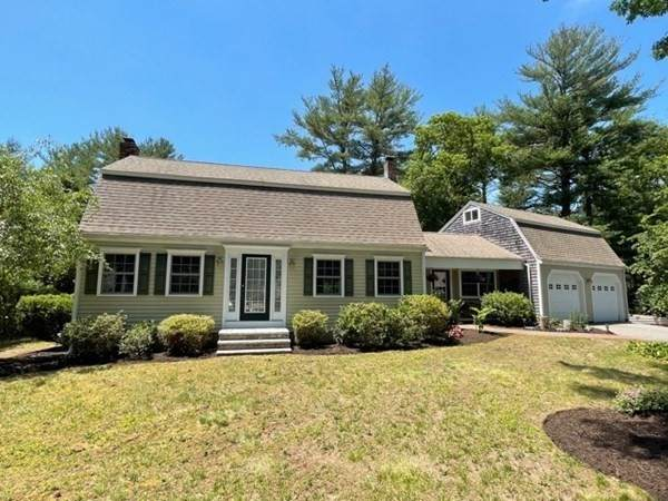 2 Surrey Dr, Plymouth, MA 02360 (MLS #72851118) :: Cape Cod and Islands Beach Properties