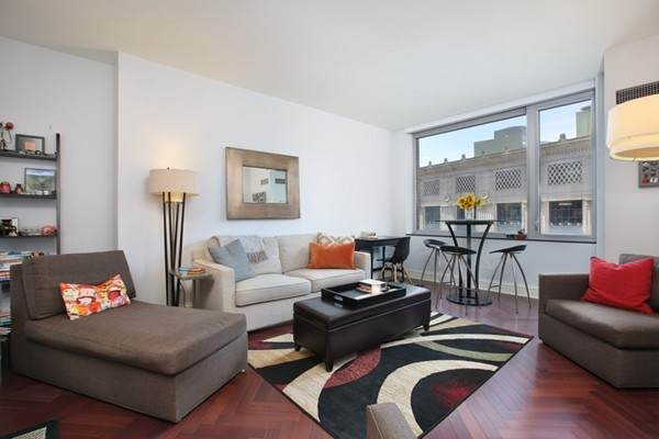 1 Charles St S #702, Boston, MA 02116 (MLS #72852800) :: Chart House Realtors