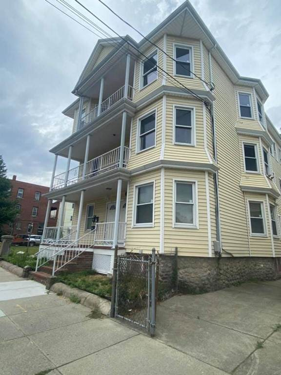 209-211 Nash Rd, New Bedford, MA 02746 (MLS #72860245) :: Trust Realty One