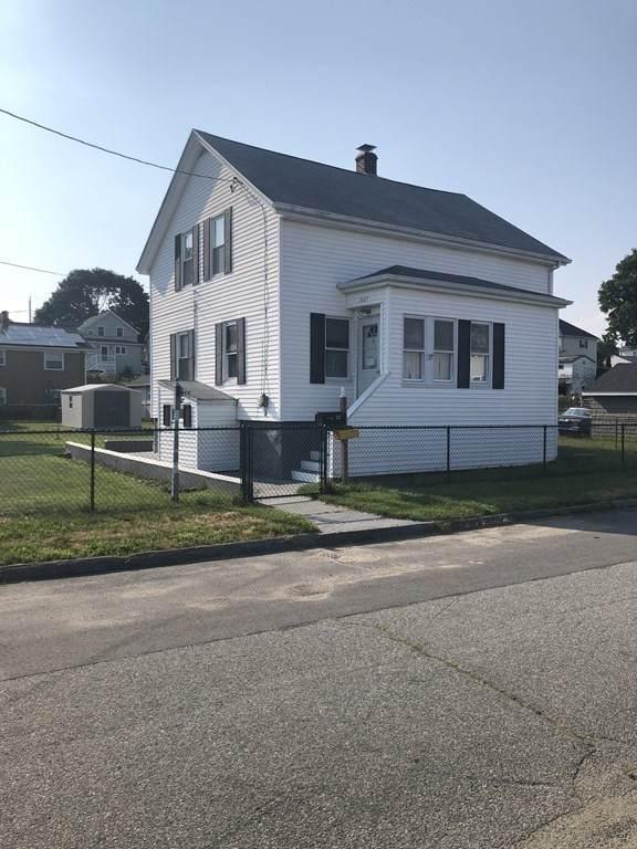 337 Baker St. - Photo 1
