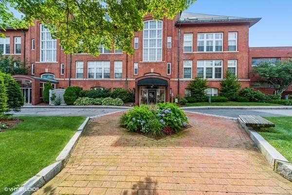 51 Pettee St #47, Newton, MA 02464 (MLS #72862367) :: Spectrum Real Estate Consultants