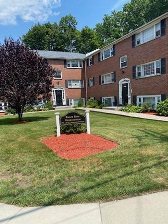 775 Lagrange St #6, Boston, MA 02132 (MLS #72862542) :: Zack Harwood Real Estate | Berkshire Hathaway HomeServices Warren Residential