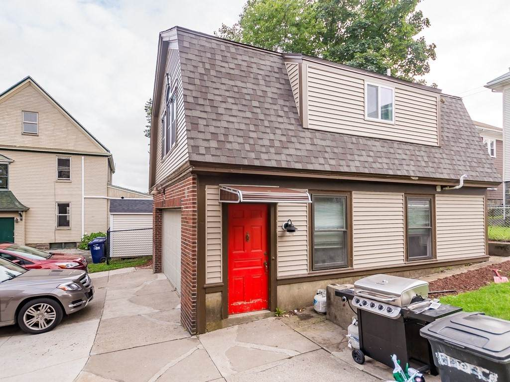 11 Frost Ave - Photo 1