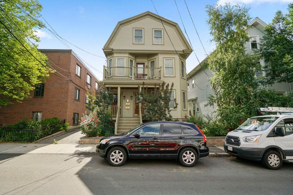 23 Linden Ave - Photo 1