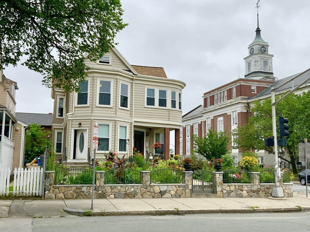 95 Highland Ave - Photo 1