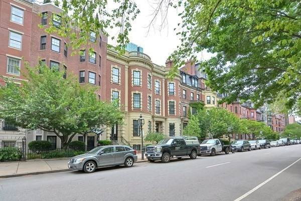 56 Commonwealth Avenue - Photo 1