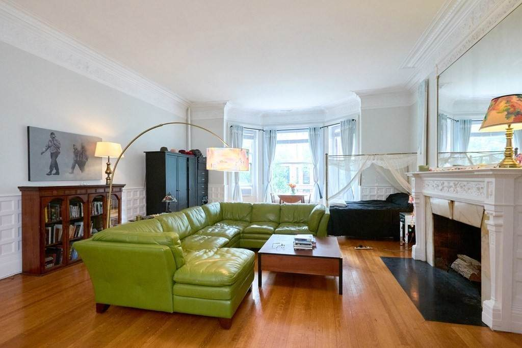 183 Marlborough Street - Photo 1