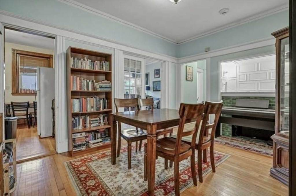 10 Radcliffe Rd - Photo 1