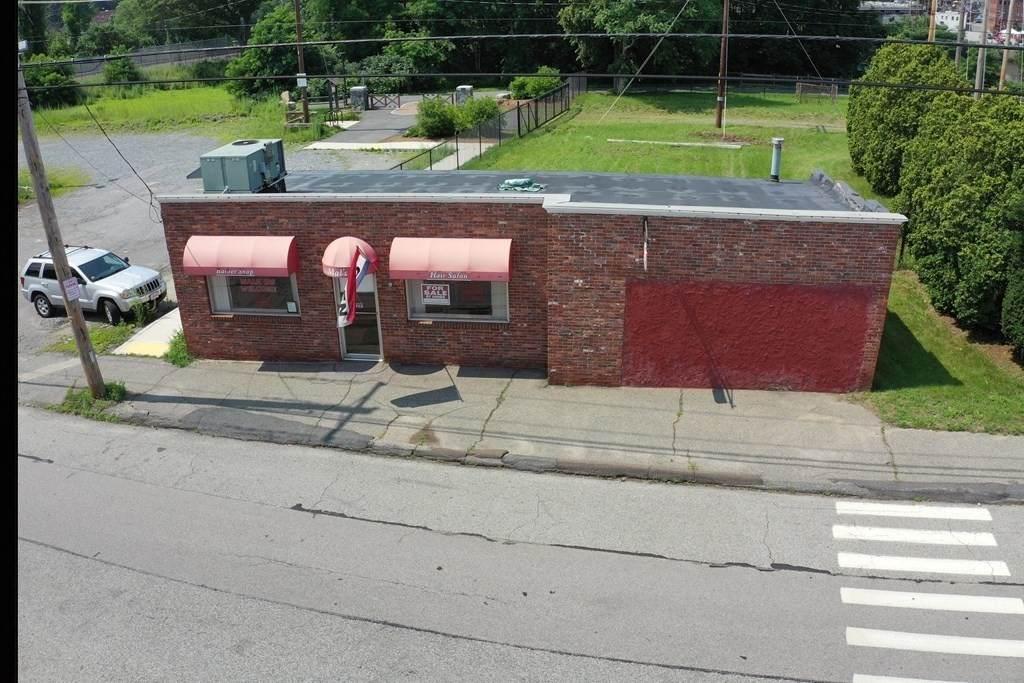 173 South Elm Street - Photo 1