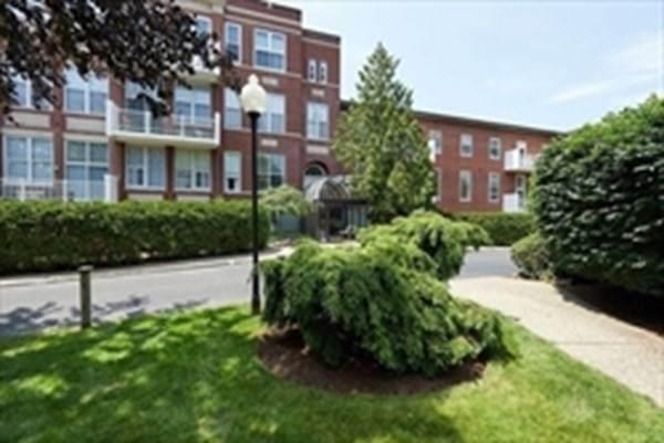 100 Parks St #29, Duxbury, MA 02332 (MLS #72870346) :: Charlesgate Realty Group