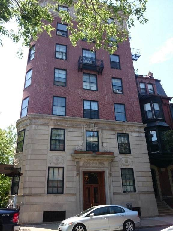 8 Gloucester St #3, Boston, MA 02115 (MLS #72870603) :: The Gillach Group