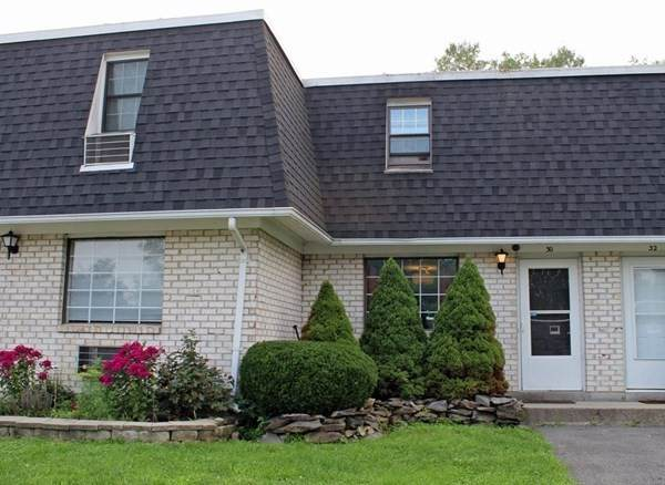 30 Princeton Terrace #30, Greenfield, MA 01301 (MLS #72870628) :: The Smart Home Buying Team
