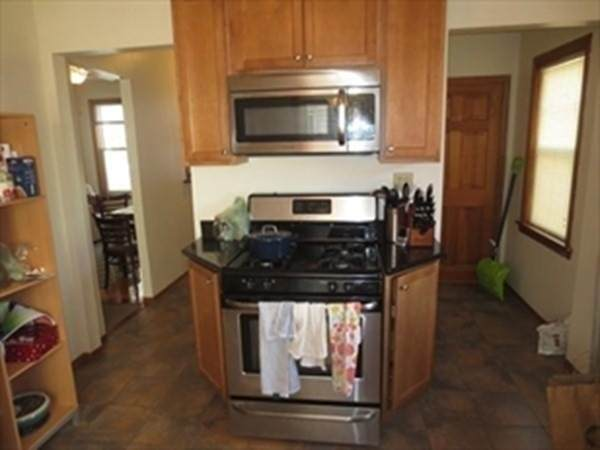 17 Magnus Ave #3, Somerville, MA 02143 (MLS #72870868) :: Westcott Properties