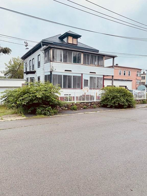 47 Chester St, Fitchburg, MA 01420 (MLS #72870911) :: Home And Key Real Estate