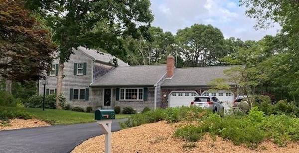52 Sou West Drive, Dennis, MA 02638 (MLS #72870992) :: Boston Area Home Click