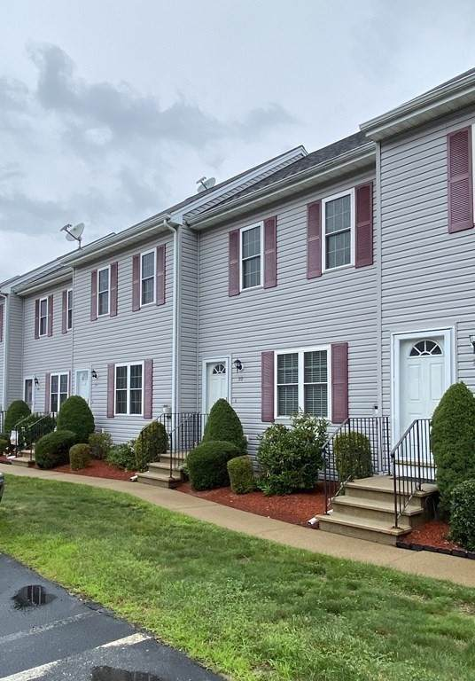 5239 N Main St #22, Fall River, MA 02720 (MLS #72871664) :: The Smart Home Buying Team