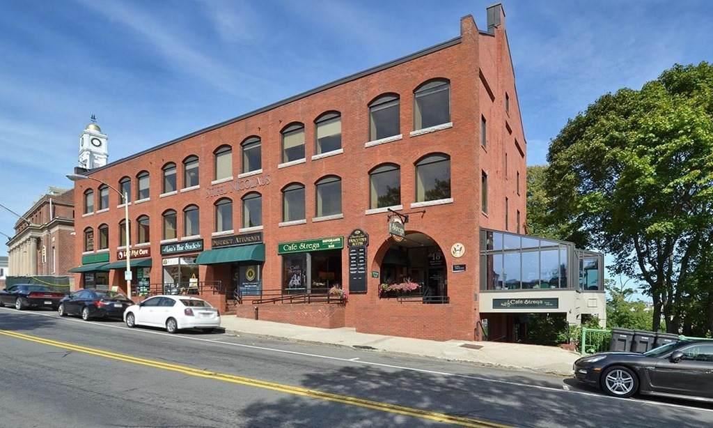 8-22 Main Street Ext - Photo 1