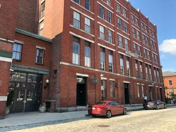 172 Middle Street #206, Lowell, MA 01852 (MLS #72874337) :: The Seyboth Team