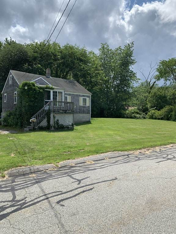 14 Clifford Ave, Swansea, MA 02777 (MLS #72874468) :: Boylston Realty Group