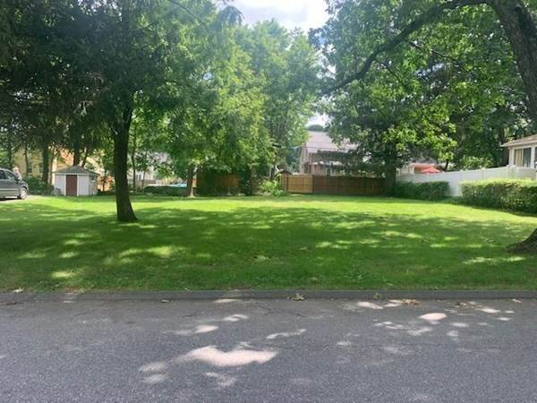 18 Ernest Avenue, Worcester, MA 01604 (MLS #72875222) :: Chart House Realtors