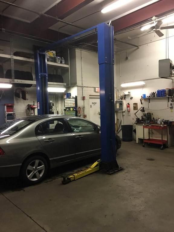 4 Mechanic - Photo 1