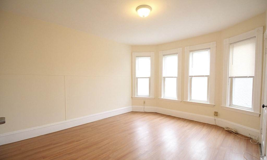 40 Forest St - Photo 1