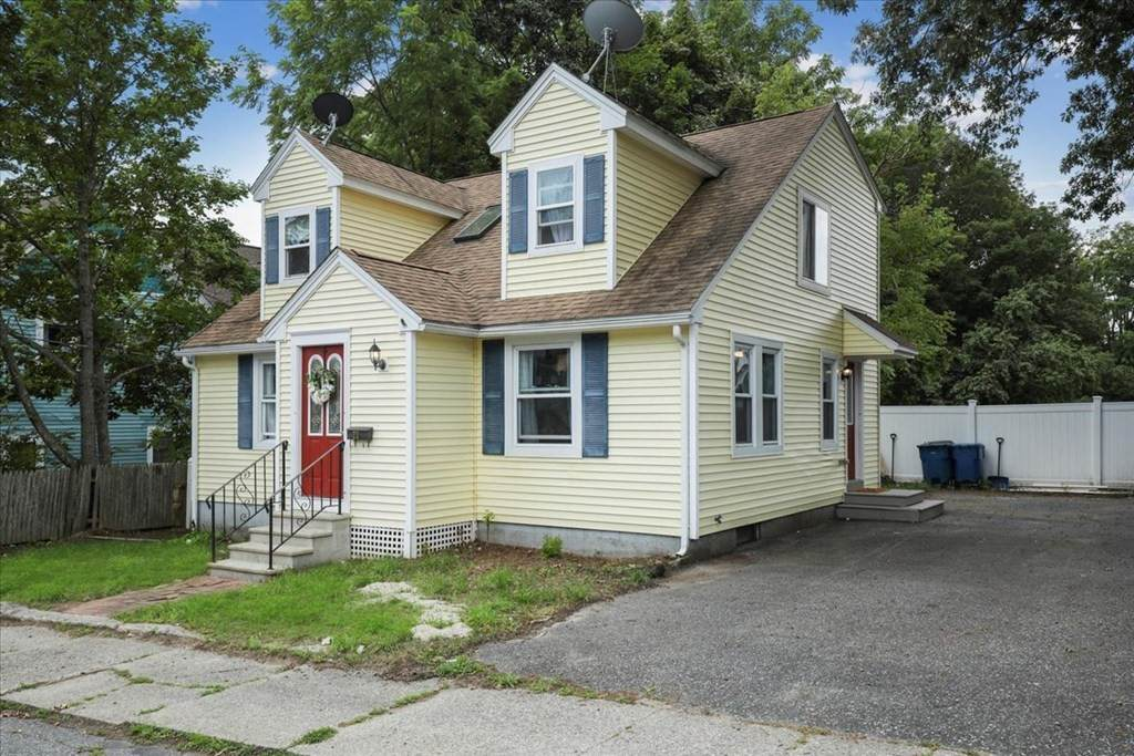 20 Johnston Ave - Photo 1