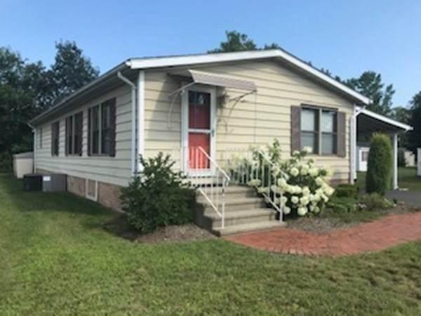 15 Castle Road #143, Attleboro, MA 02703 (MLS #72878657) :: RE/MAX Vantage
