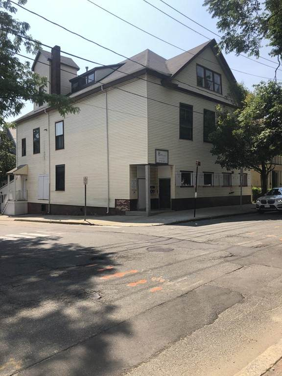 57 Central St - Photo 1