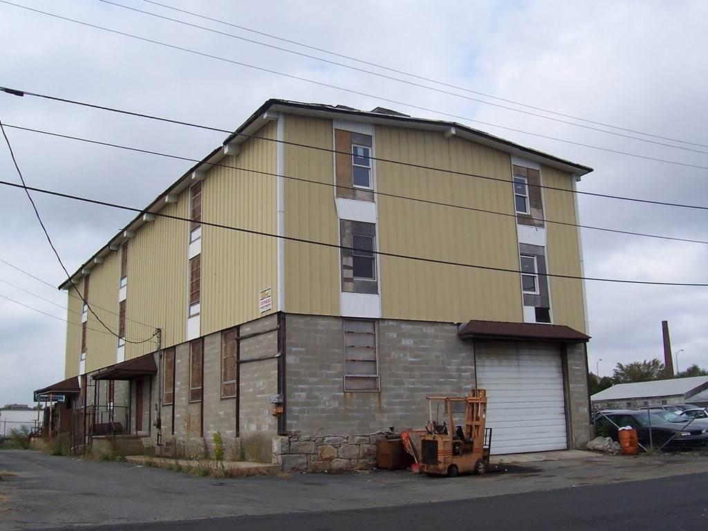 43 Lowell Street - Photo 1