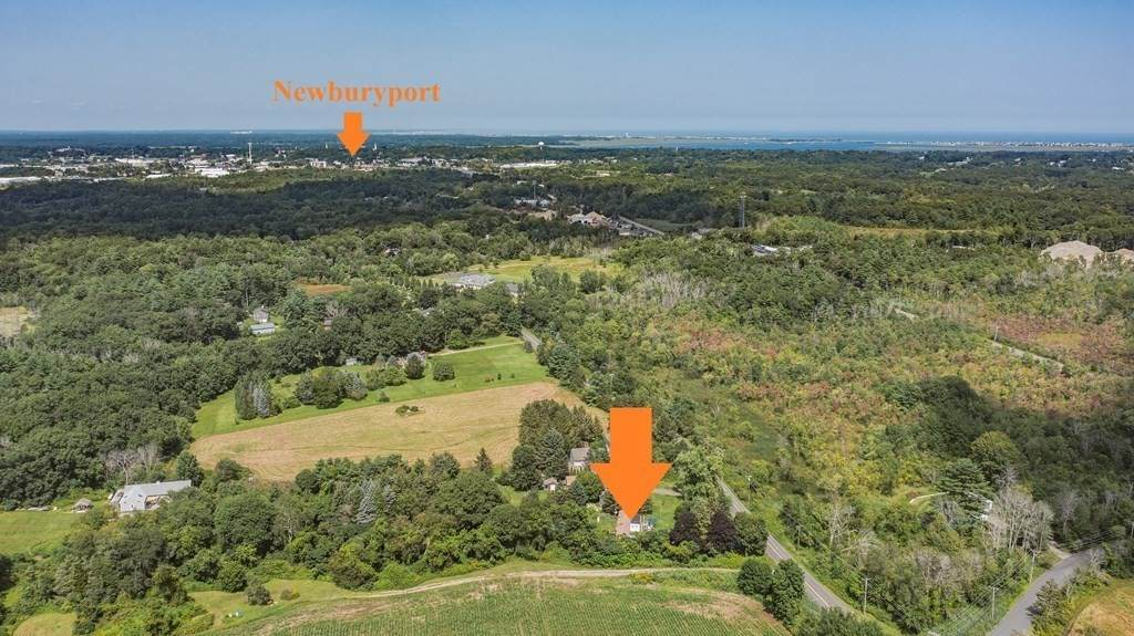 112 Middle Rd - Photo 1