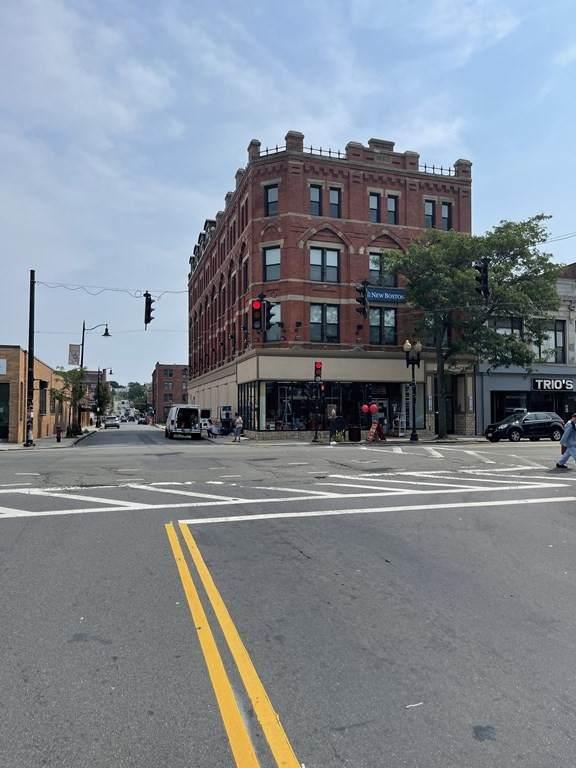 64 Market St - Photo 1
