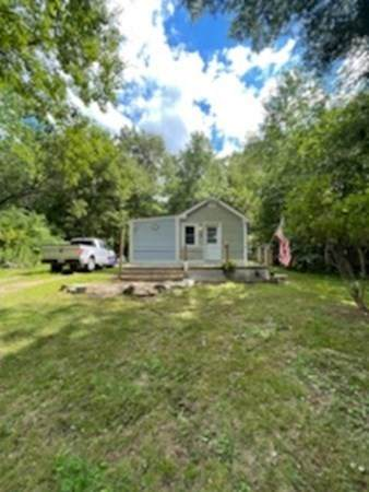 20 Peters Ave, Paxton, MA 01612 (MLS #72885593) :: Cape Cod and Islands Beach Properties