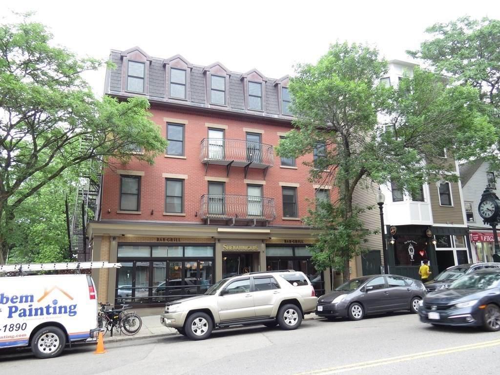 338 West Broadway - Photo 1