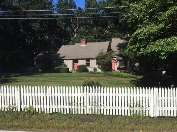 1155 West St, Mansfield, MA 02048 (MLS #72889648) :: Westcott Properties